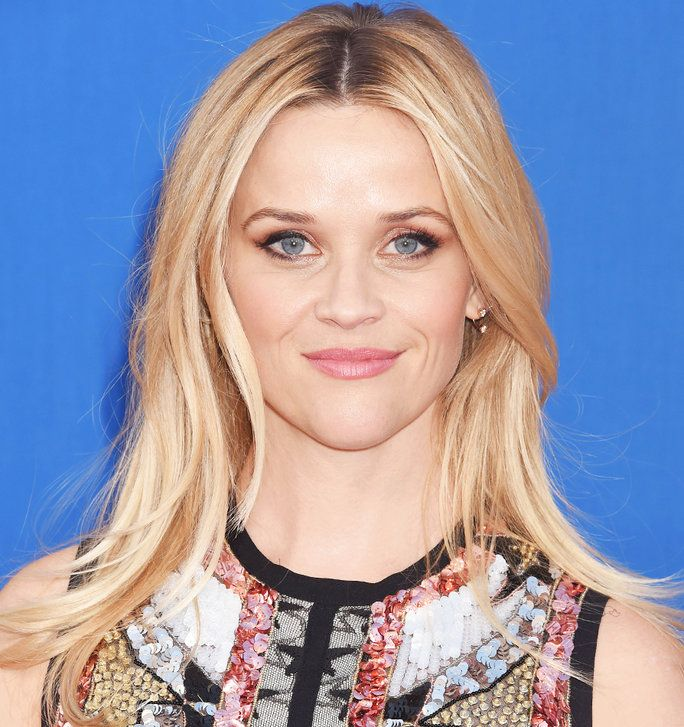 الشقراوات Vs. Brunettes - Slider - Witherspoon Blonde