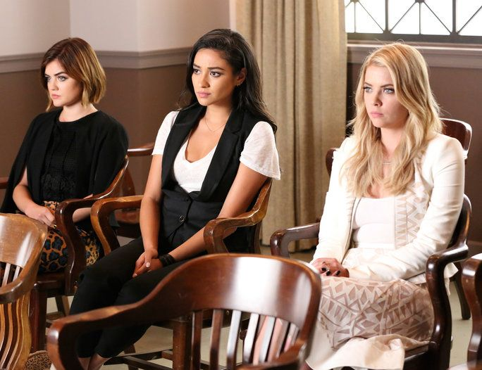 جميلة Little Liars - LEAD
