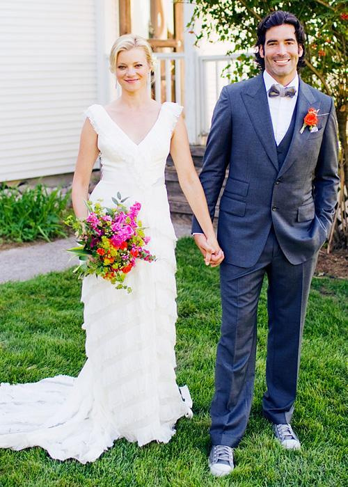 Позната личност Wedding Photos - Amy Smart and Carter Oosterhouse