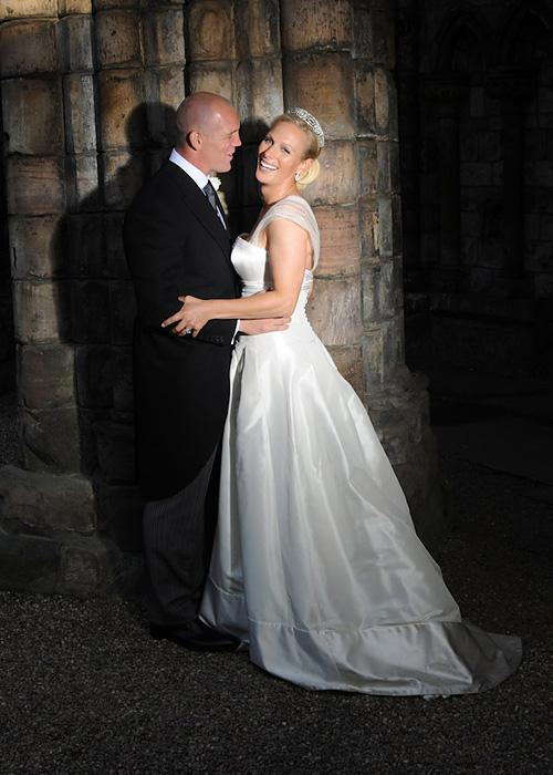 Позната личност Wedding Photos - Zara Phillips and Mike Tindall