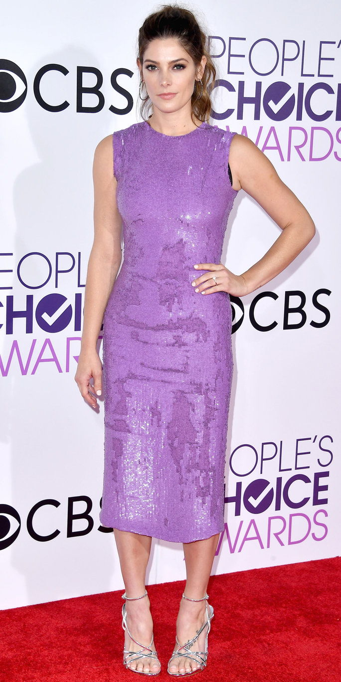 LOS ANGELES, CA - JANUARY 18: Actress Ashley Greene attends the People's Choice Awards 2017 at Microsoft Theater on January 18, 2017 in Los Angeles, California. (Photo by Steve Granitz/WireImage)