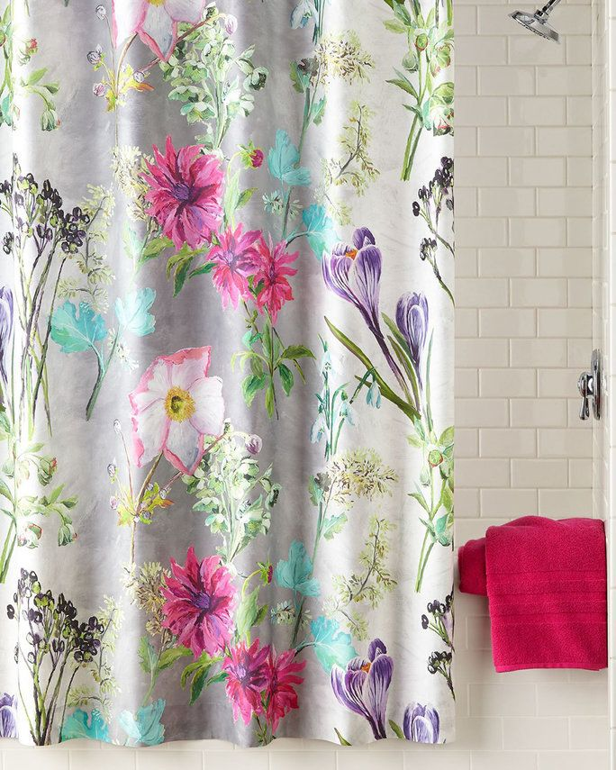 Дизајнери Guild Madhuri Camellia Shower Curtain