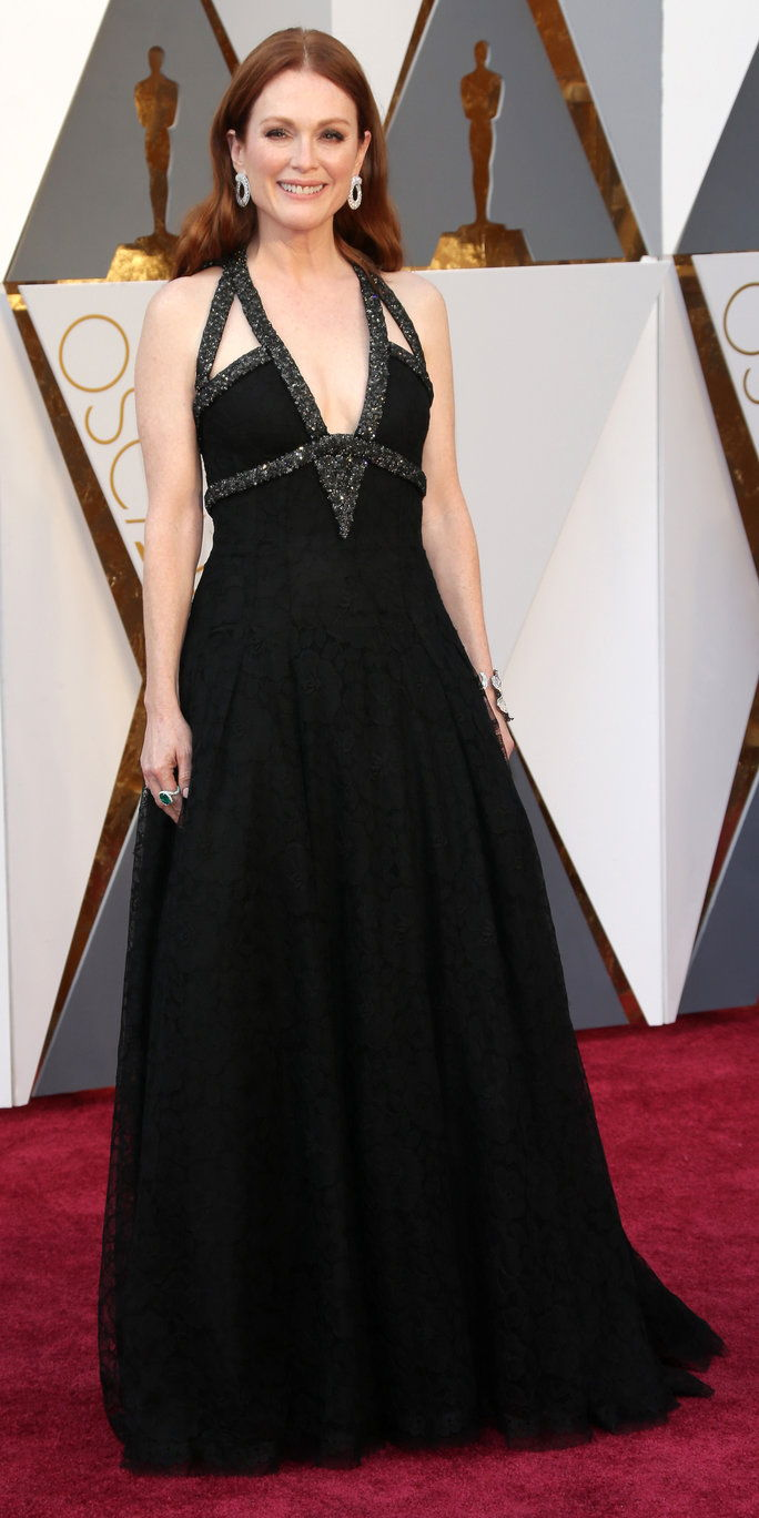Јулианне Moore in Chanel - Oscars 2016