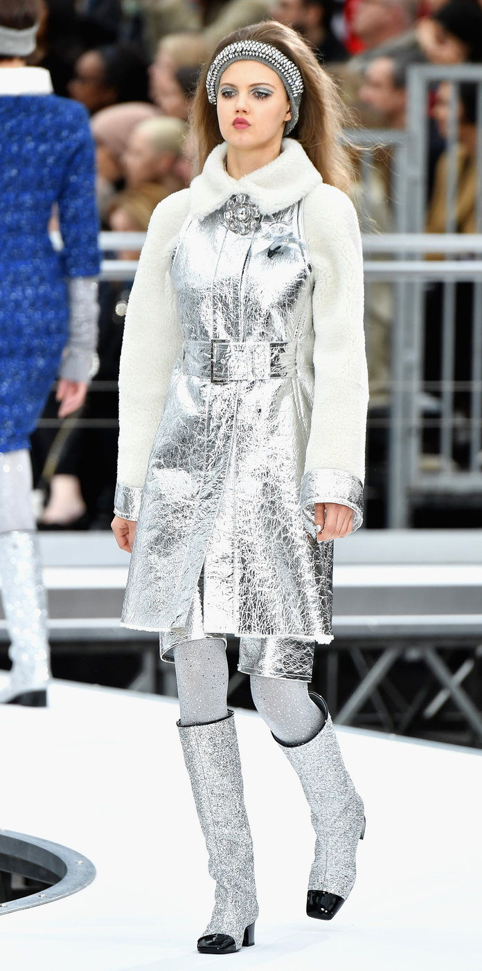 CHANEL FALL 2017 READY-TO-WEAR