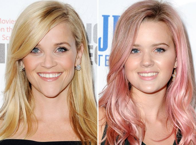 Реесе Witherspoon and Ava Phillippe