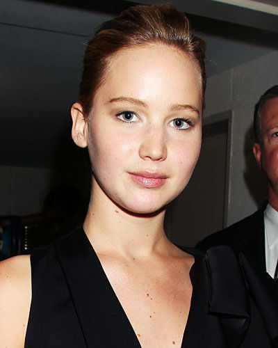 تحسين Your Arches - Bare-Faced Beauty - Jennifer Lawrence