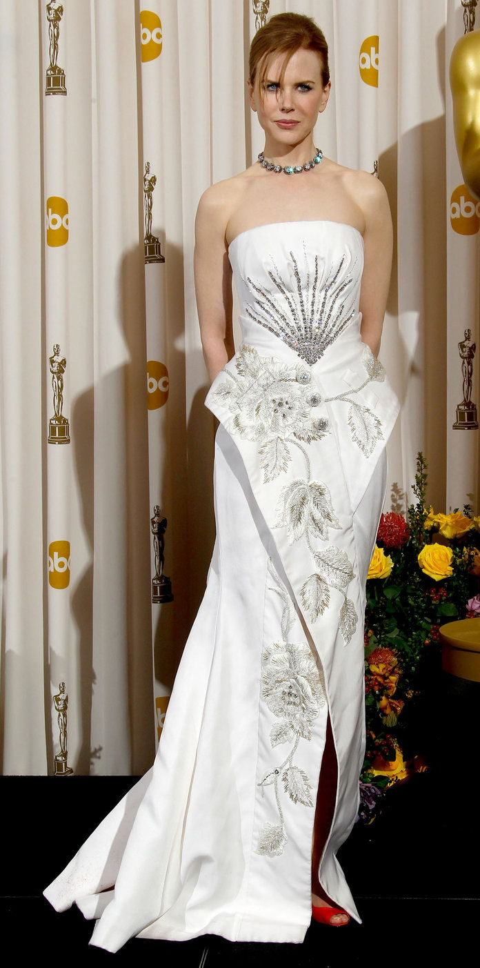 في Dior Haute Couture at the Oscars (2011)
