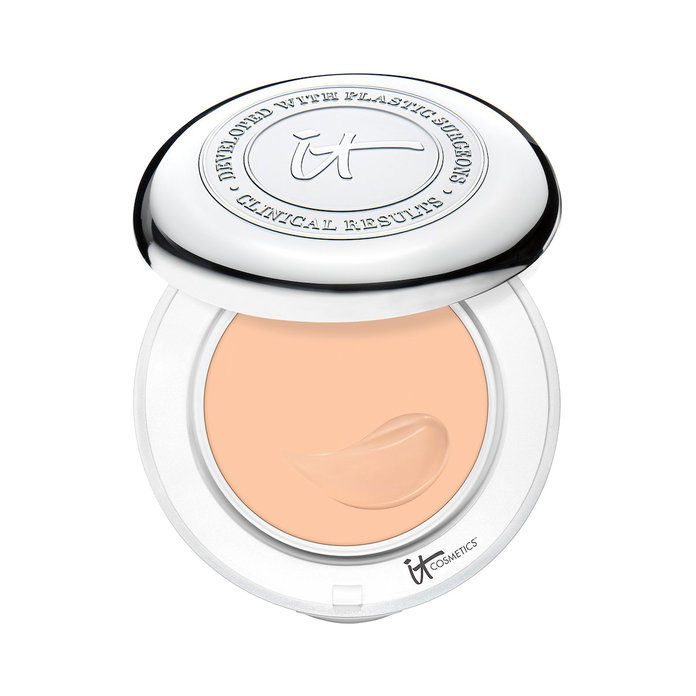 То Cosmetics Confidence In A Compact With SPF 50+
