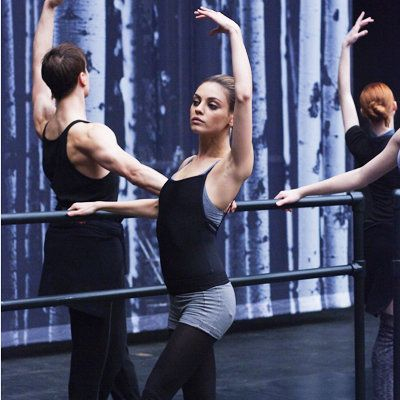 ميلة Kunis in Black Swan - Ballet Workout - Get Bikini Ready