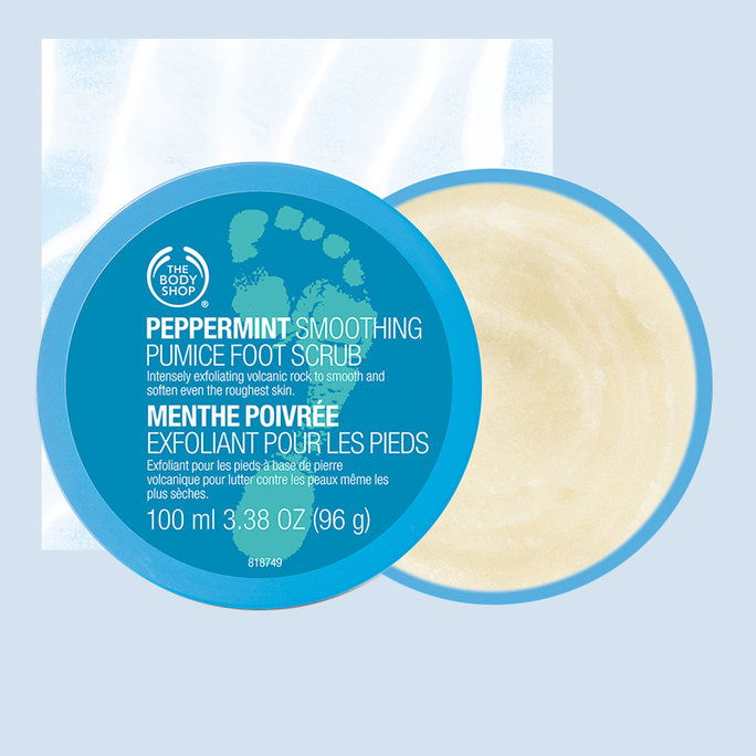 ال Body Shop Peppermint Cooling Pumice Foot Scrub