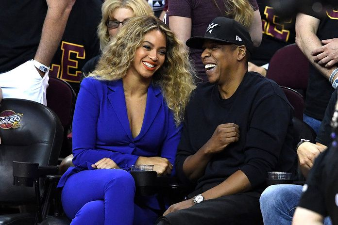 Беионце and Jay Z attend Game 6 of the 2016 NBA Finals between the Cleveland Cavaliers and the Golden State Warriors at Quicken Loans Arena on June 16, 2016 in Cleveland, Ohio