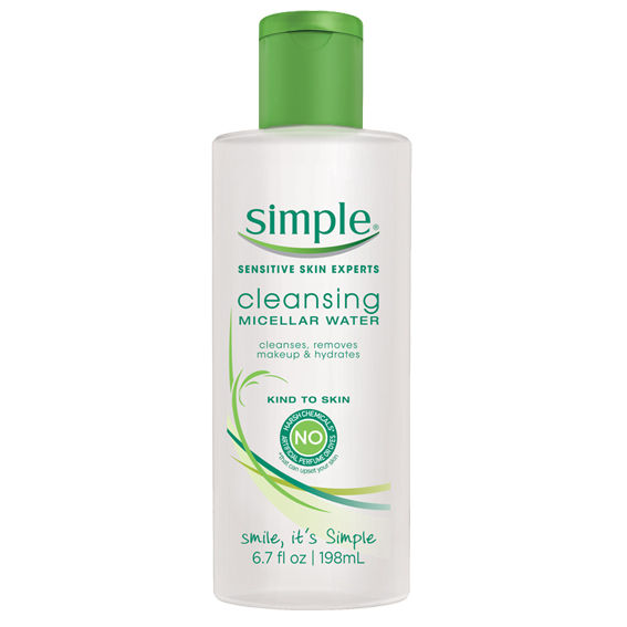 Једноставно Cleansing Micellar Water