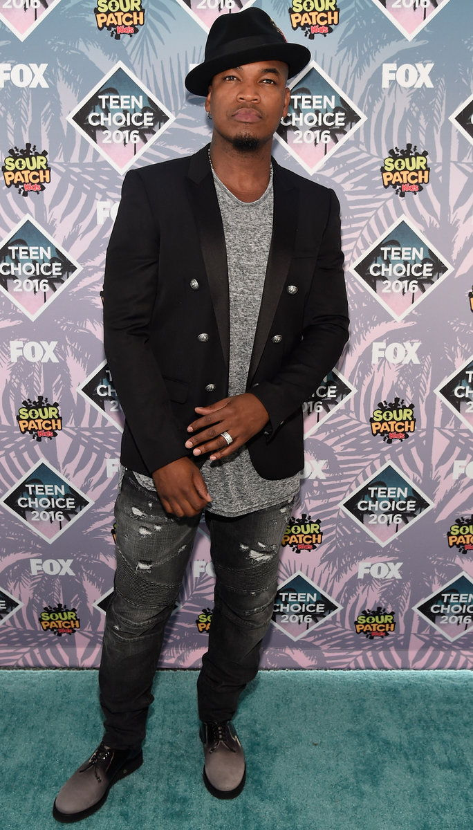 Снимање artist Ne-Yo attends Teen Choice Awards 2016 at The Forum on July 31, 2016 in Inglewood, California.
