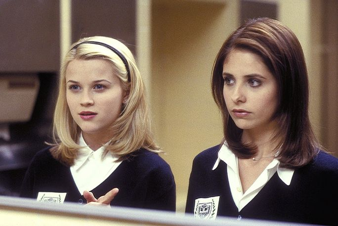 قاسي INTENTIONS, Reese Witherspoon, Sarah Michelle Gellar, 1999, ©Columbia Pictures/courtesy Everett Collection