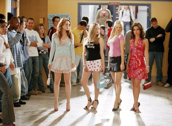 تعني GIRLS, Lindsay Lohan, Amanda Seyfried, Rachel McAdams, Lacey Chabert, 2004, (c) Paramount/courtesy Everett Collection
