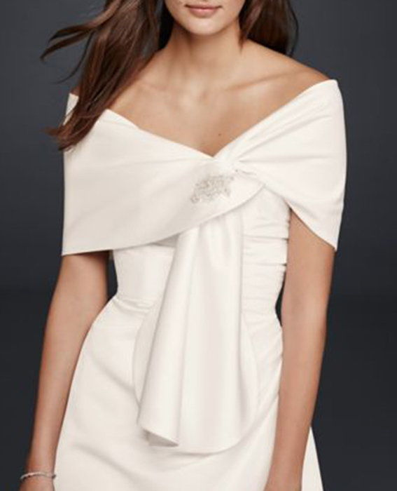 ديفيد's Bridal Satin Embellished Wrap