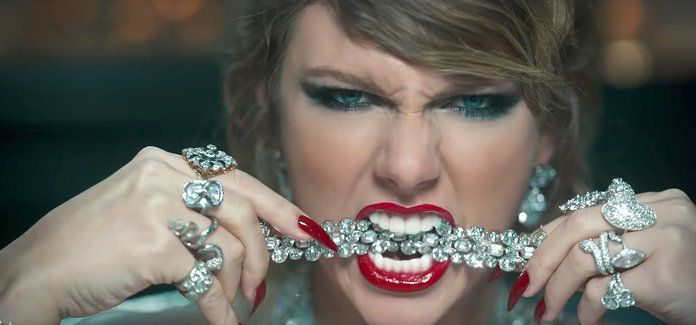 تايلور Swift Look What You Made Me Do Lead