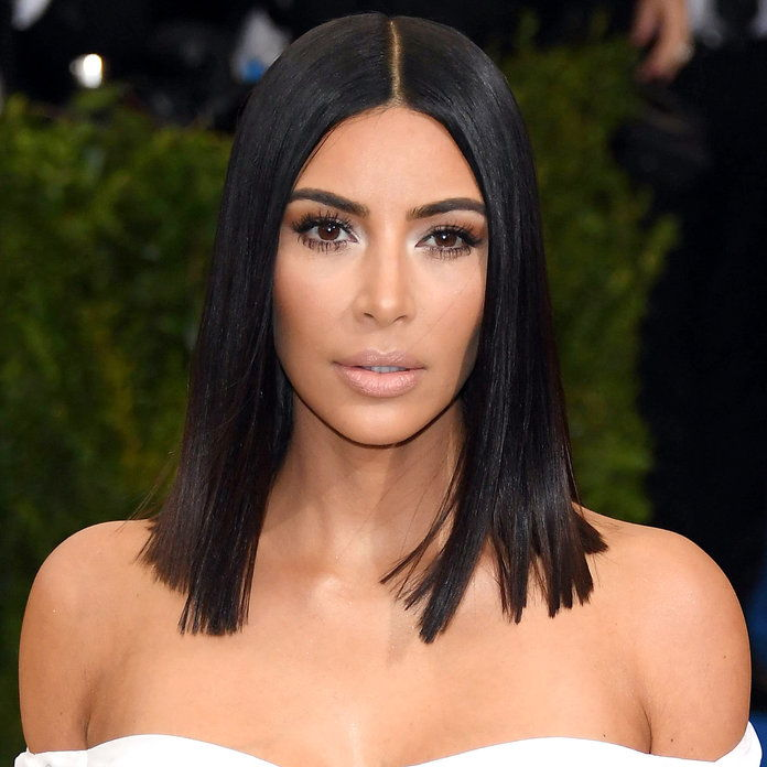 كيم Kardashian's Super Sleek Lob