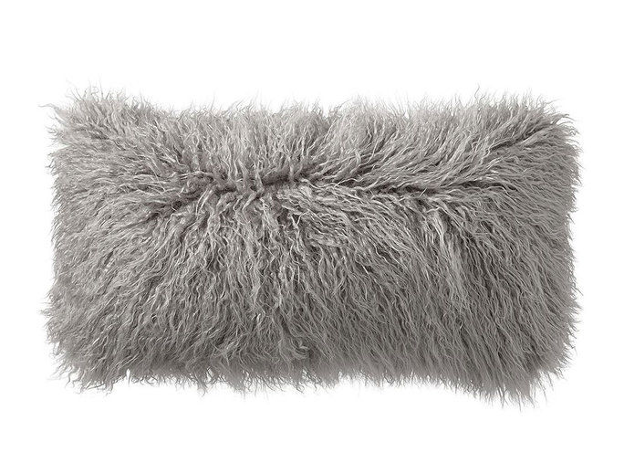Лажна Fur Lumbar Pillow Cover
