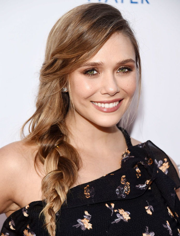إليزابيث Olsen's Romantic Braid