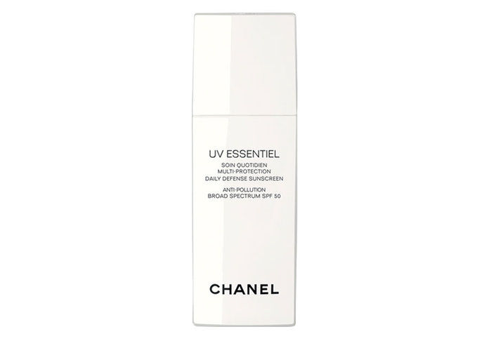 Рано 20s: Chanel UV Essentiel Multi-Protection Daily Defense Sunscreen Anti-Pollution Broad Spectrum SPF 50