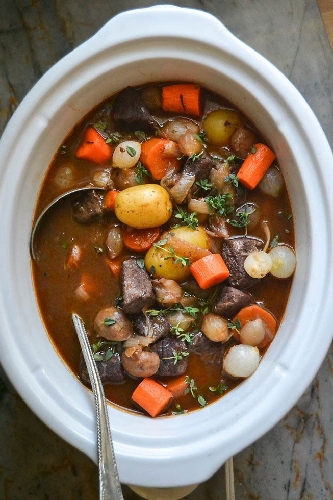 جرة Pot Beef Bourguignon
