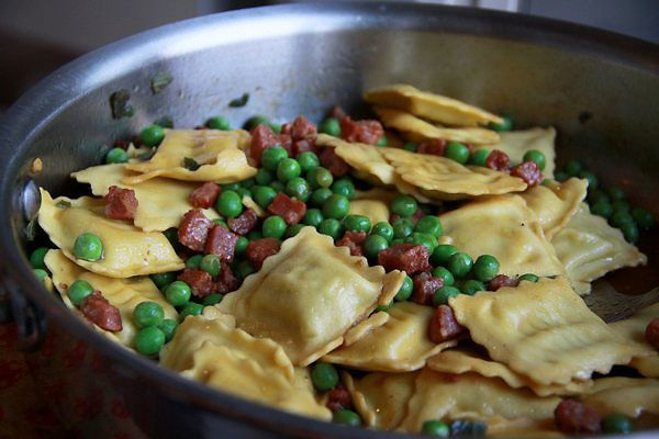 رافيول with Peas and Pancetta