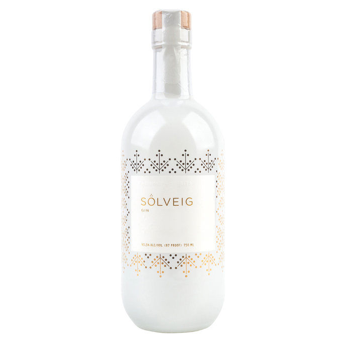 بعيدا NORTH SPIRITS GIN