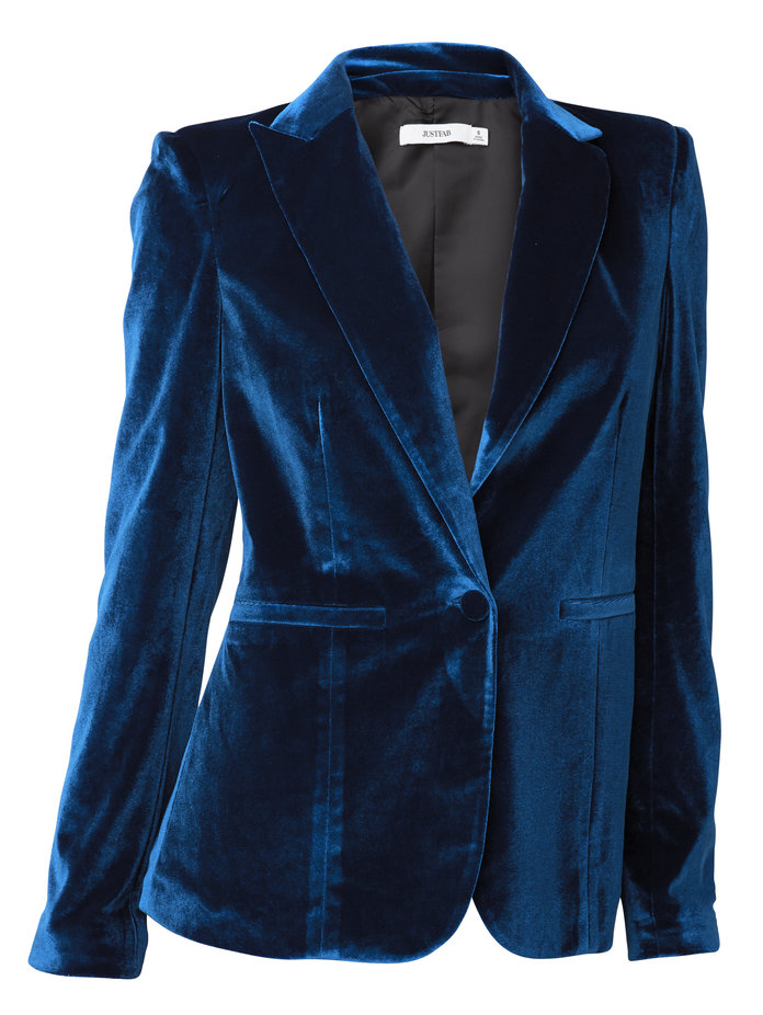 ال blazer that will always make you look pulled together by JustFab