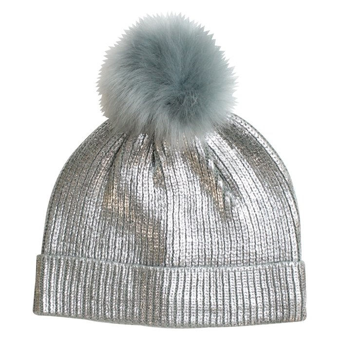 أشيب pom-pom hat for frosty days by Eloquii