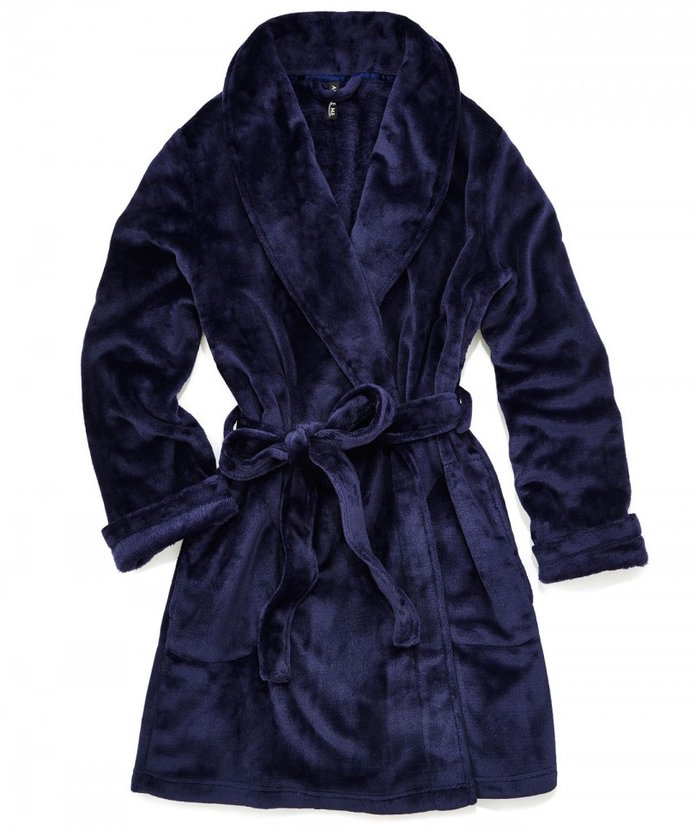 ا cozy robe to carry you through the holidays by Adore Me