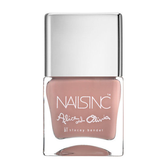Наилс Inc. Alice + Olivia by Stacey Bendet Nail Collection in Next to Nothing - Latte