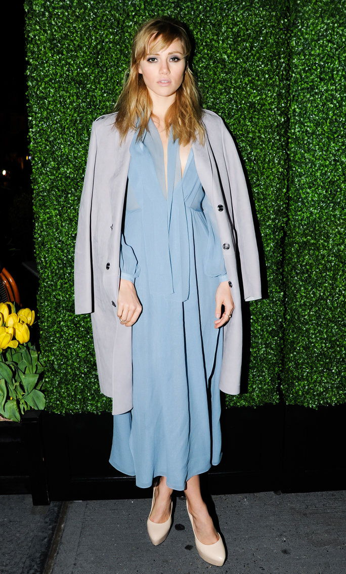 السوكي Waterhouse at a Burberry dinner in May 2014