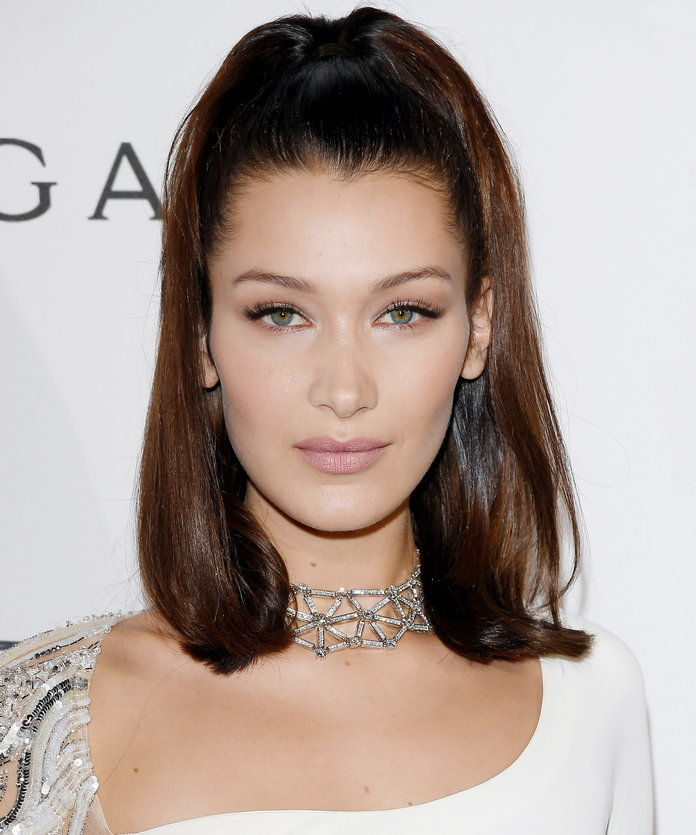 بيلا Hadid's High Ponytail
