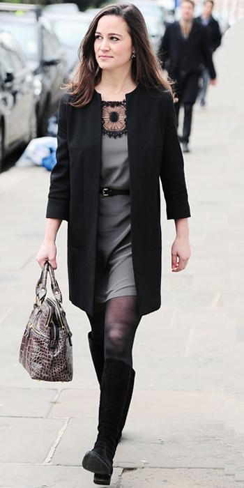 Пиппа Middleton - lace-trimmed dress and black coat