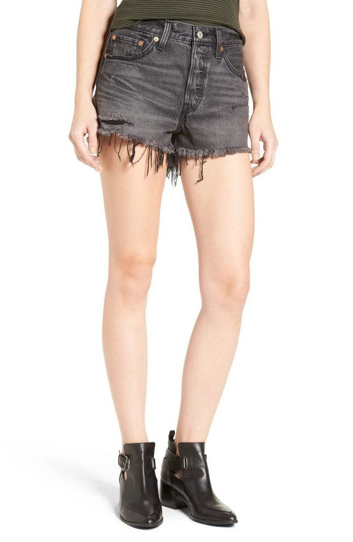 ليفي's 501 Cutoff Denim Shorts