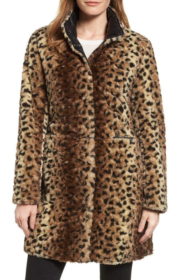 بواسطة Spiga Reversible Faux Leopard Fur Coat
