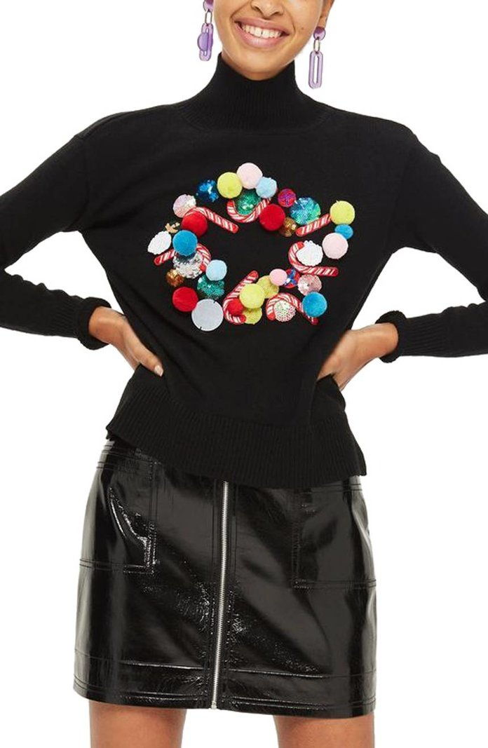 توب شوب Christmas Wreath Funnel Neck Sweater