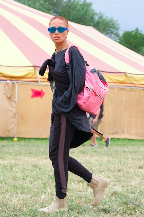 Адова Aboah going matchy matchy with her Hunter Orignal boots and backpack at Glastonbury 2017