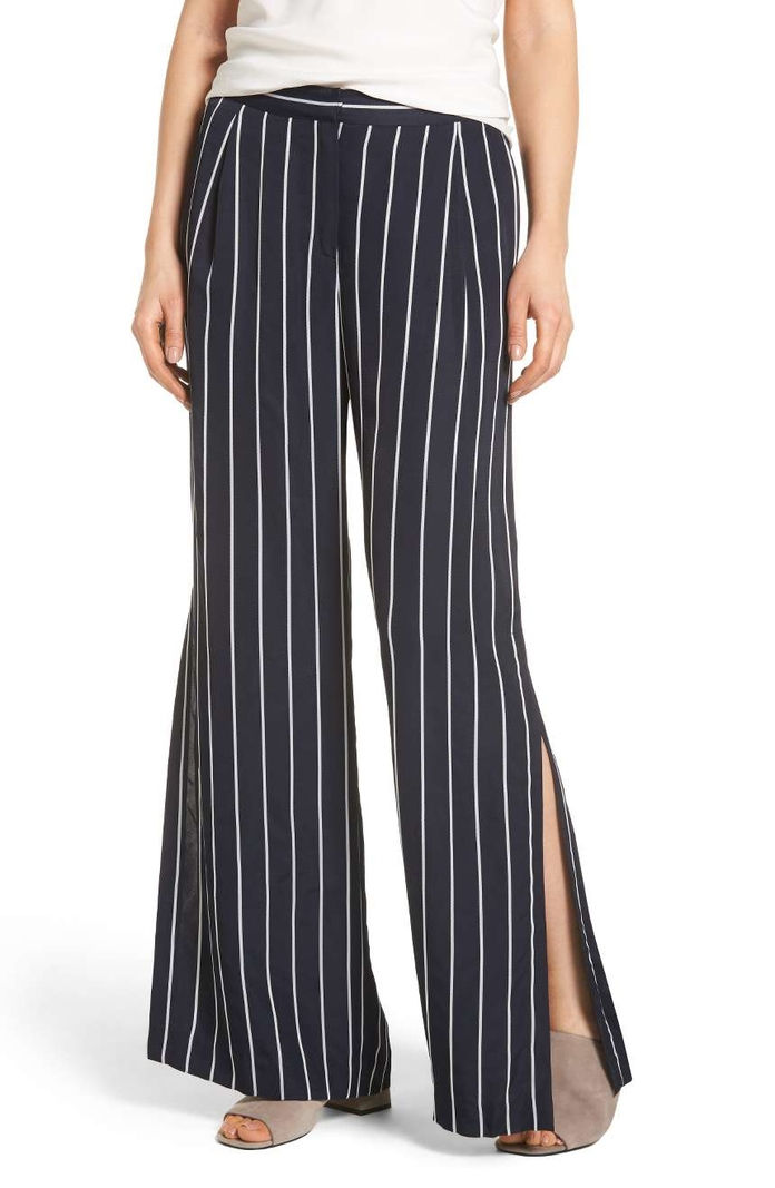 Сиде Slit Wide Leg Pants
