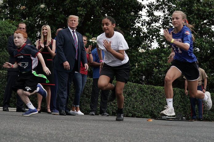 председник Trump Hosts White House Sports And Fitness Day