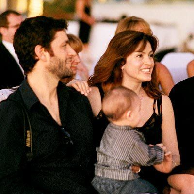 ماريسكا Hargitay, husband Peter Hermann and their infant, August